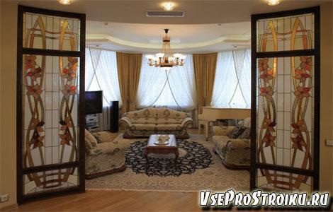 vitrazhi-na-stekle-v-interere3-2125961