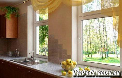 kak-oformit-okno-na-kuxne-4272738