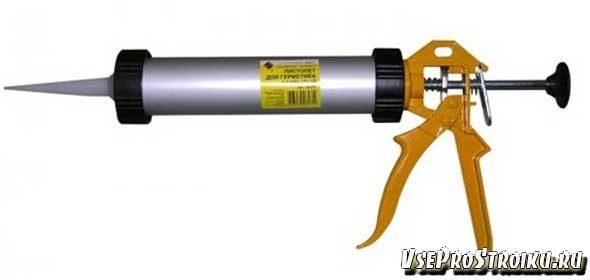 kak-polzovatsya-pistoletom-dlya-germetika5-1575922